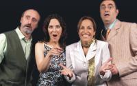 El Teatro Palacio Valdés de Avilés estrena Tres Versiones de la Vida de Yasmina Reza
