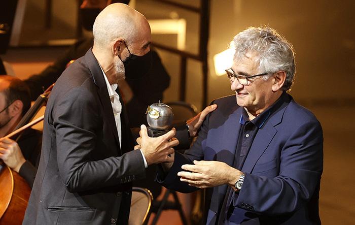 Alfredo Sanzol y Asun Noales triunfan en los Premios Max 2021
