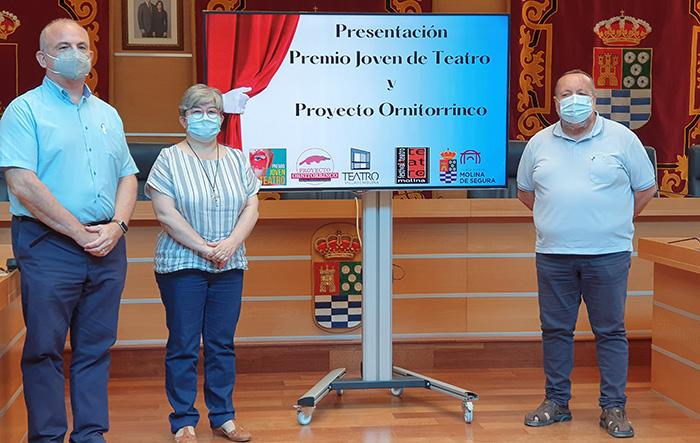 El Ayuntamiento de Molina de Segura convoca el Premio Joven de Teatro y se suma al proyecto Ornitorrinco