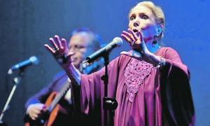 Fallece la cantante y actriz María Dolores Pradera