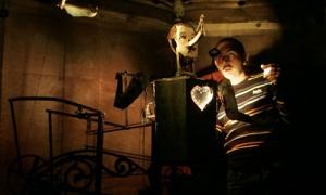 El festival 'Pendientes de un Hilo' da protagonismo a los títeres y objetos, del 18 al 30 de diciembre