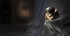 """Peeping Tom presenta """"Moeder"""" en el Mercat de les Flors (Socio de La Red)"""