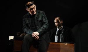 """Teatro Accesible programa """"Ricardo III"""", Espectáculo Recomendado por La Red, en el Teatro Bretón de los Herreros"""