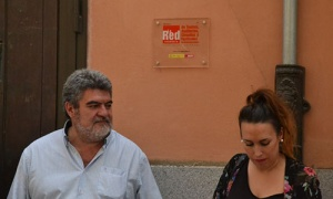 El Teatro Nuevo Fernando Arrabal coloca una placa para simbolizar su adhesión a La Red