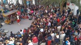 Espéctaculo de calle en el Festival Barruguet a cargo de Circ Bover