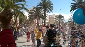Espectáculo de calle en el Festival Barruguet a cargo de Festuc Teatre